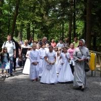 28.05.2016 Dzieci komunijne w Banneux.