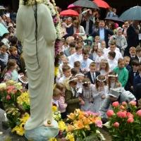 25.05.2019 - Dzieci komunijne w Banneux._36